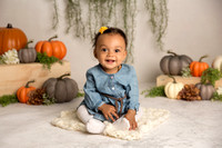 Alivia's 6 Month Session